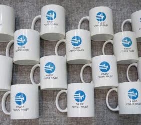 Печать на чашках логотипа киев
