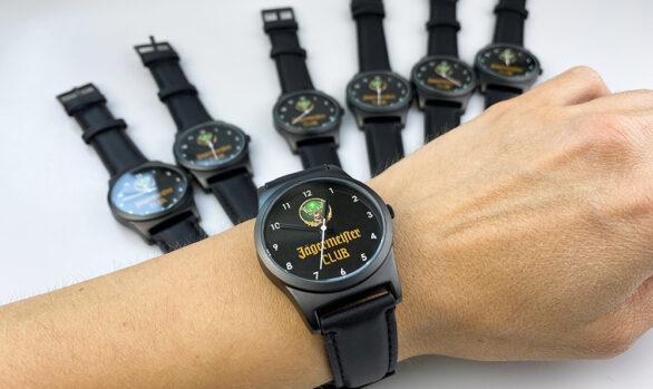 Годинник з логотипом на замовлення