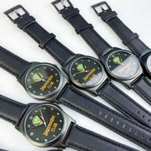 Годинники брендовані з лого