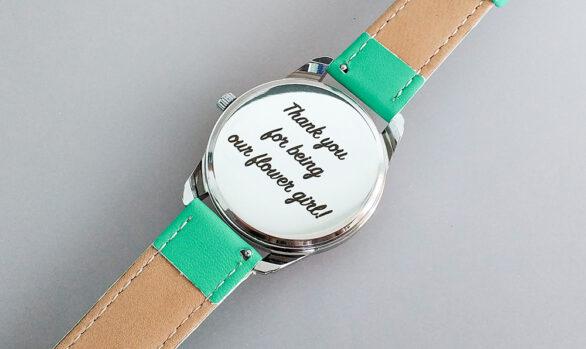 Годинник з гравіюванням