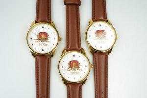 заказать часы с гравировкой