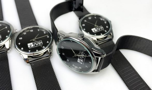Брендированные часы для ЛАН