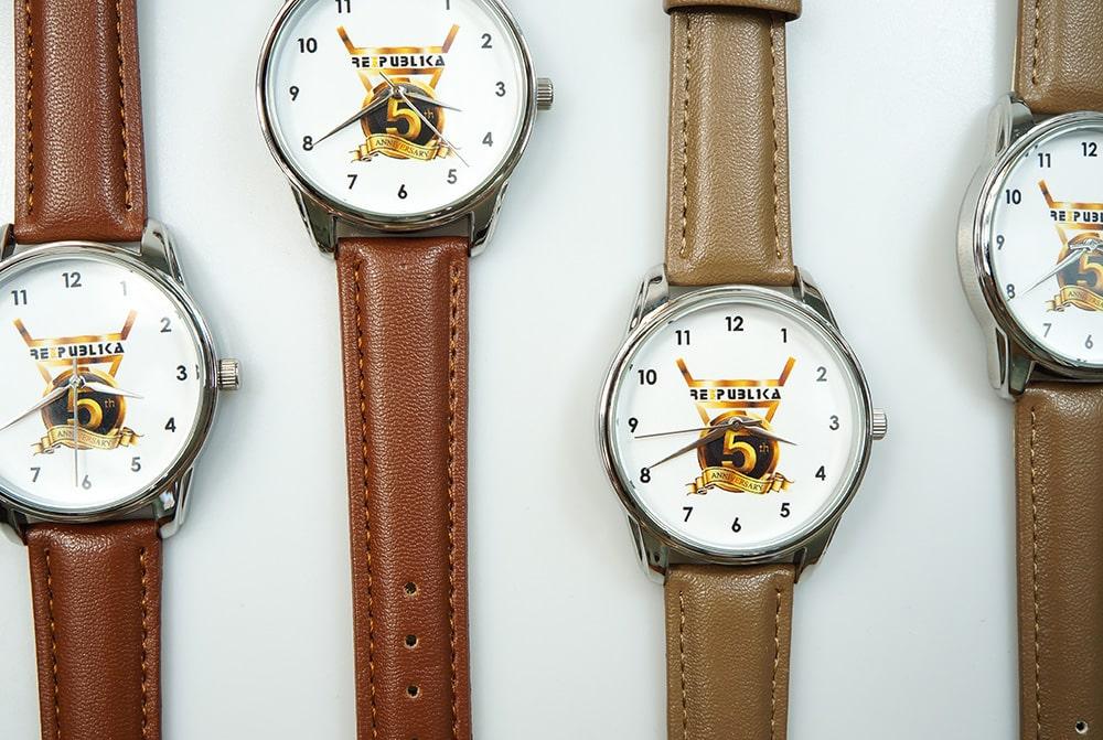 Часы с логотипом под заказ картинка №7